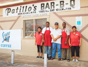 Robert_Gomez_PatillosBBQ_11_preview